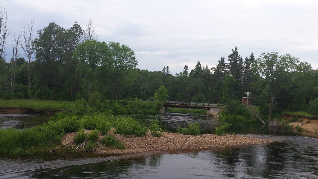 Burtn River, adica Raul Ars